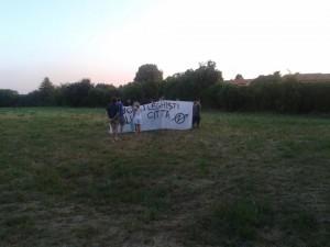 2015_08_03_attivisti_contro_salvini