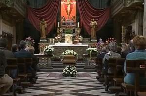 I funerali di Ennio Neri nella basilica del Crocifisso di Como