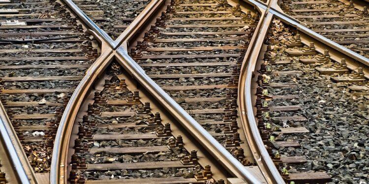 binari dei treni