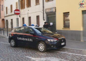 Una pattuglia dei Carabinieri a Como