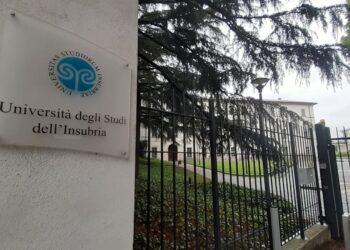 Ingresso della sede dell'Università dell'Insubria di via Sant'Abbondio a Como