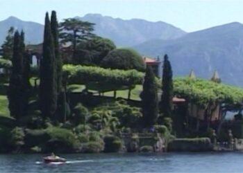 Una lussuosa villa sul lago di Como