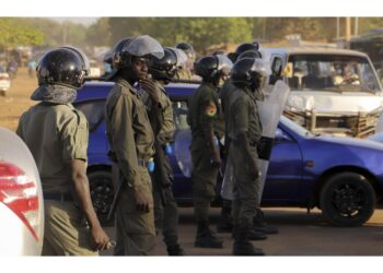 Gruppo di militari è stato respinto dalla guardia presidenziale