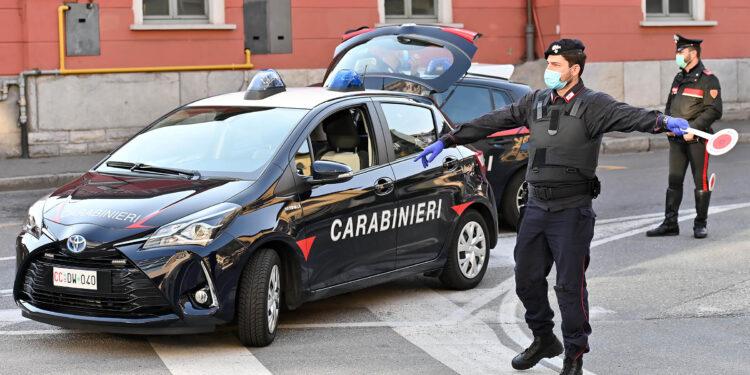 Carabinieri a Como