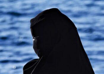 Donna con il burqa