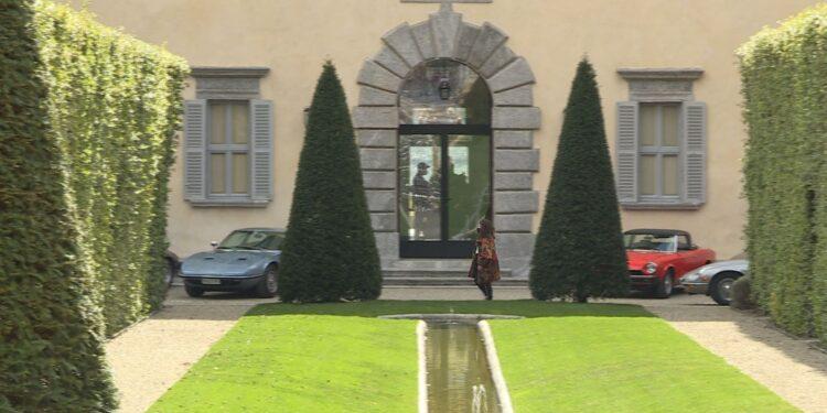 Villa Balbiano durante le riprese film House of Gucci