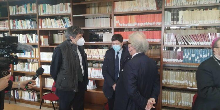 Alla 'Piccola Opera Charitas' incontra Marsilio e assessore Verì