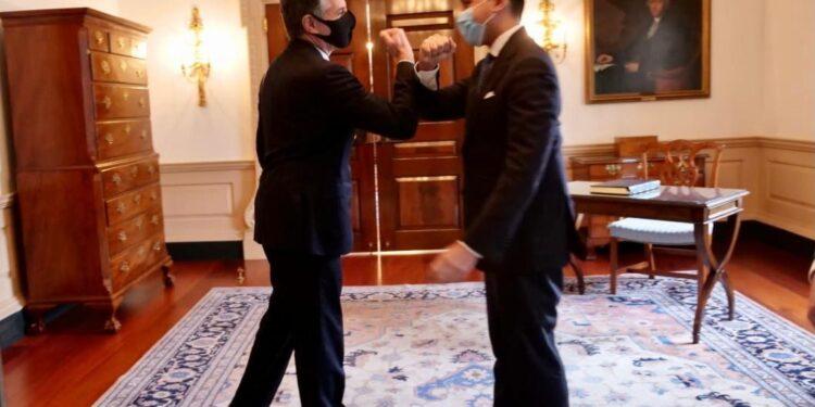 Incontro con il ministro degli Esteri
