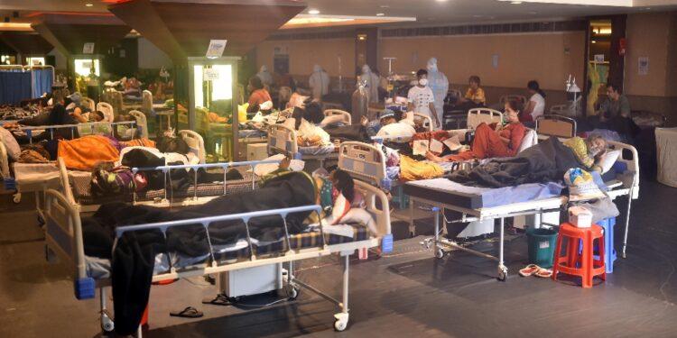 Avviso a americani: 'Accesso a ospedali limitato