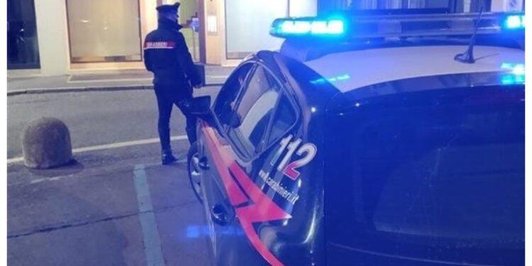 I carabinieri sono stati allertati dai vicini