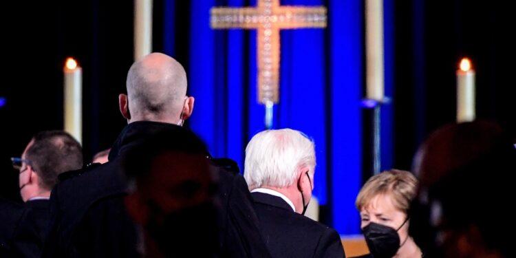 Merkel e Steinmeier a commemorazione per i morti di coronavirus