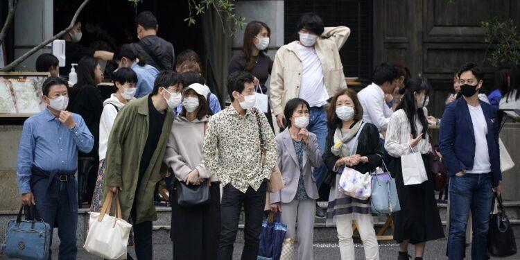 Governo esorta a stare a casa durante 'Golden Week'