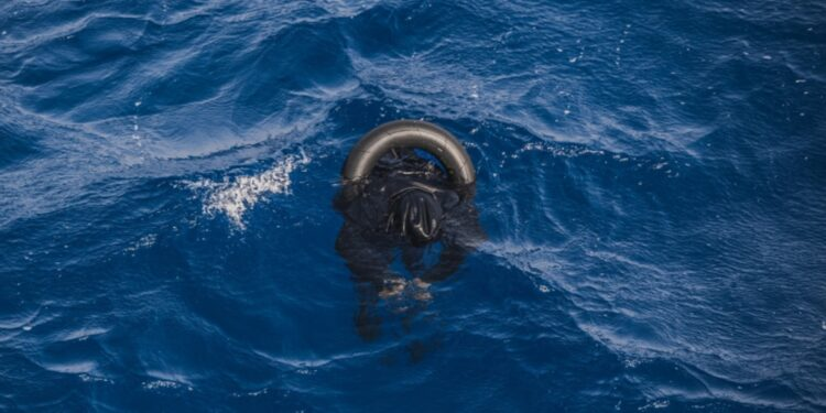 Lo scatto dei soccorritori di Sos Mediterranee