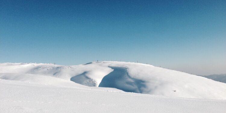 Ad Abetone montagne imbiancate. Fiocchi sopra i 1000 metri