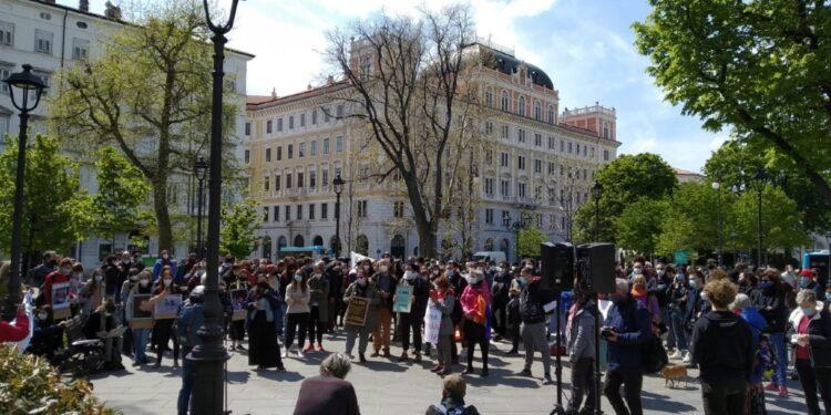Attivisti da tutta Italia contro politiche respingimenti di Ue