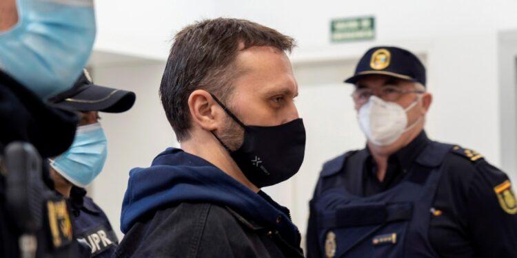 Giudicato colpevole di tre omicidi avvenuti nel 2017 in Aragona