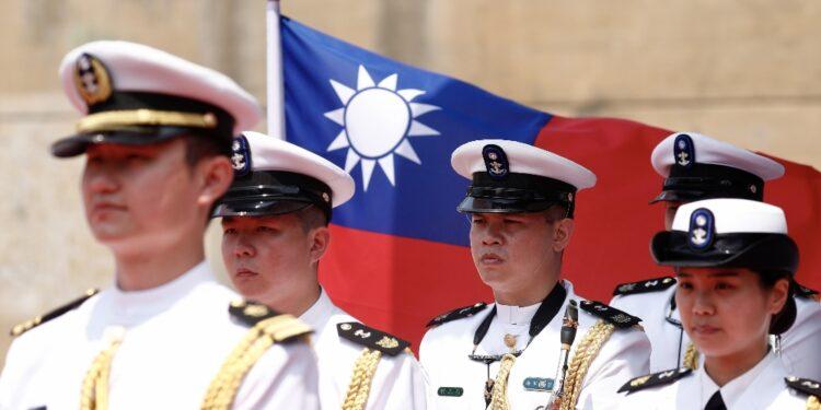 Irritazione Pechino su invio prima missione del presidente Biden