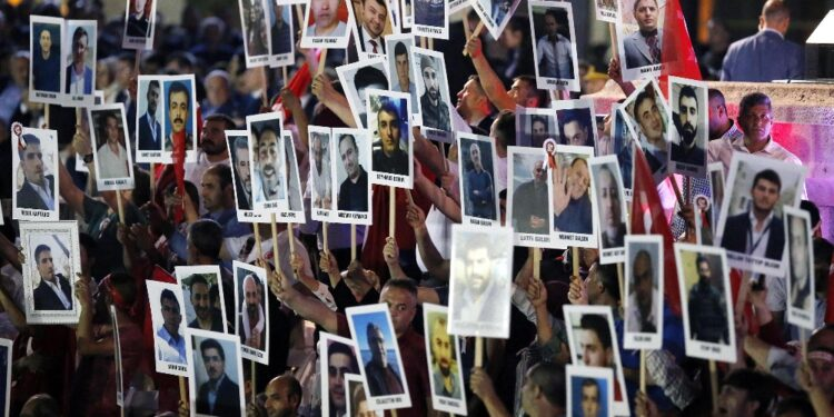 Oggi al via maxi processo contro 108 politici curdi