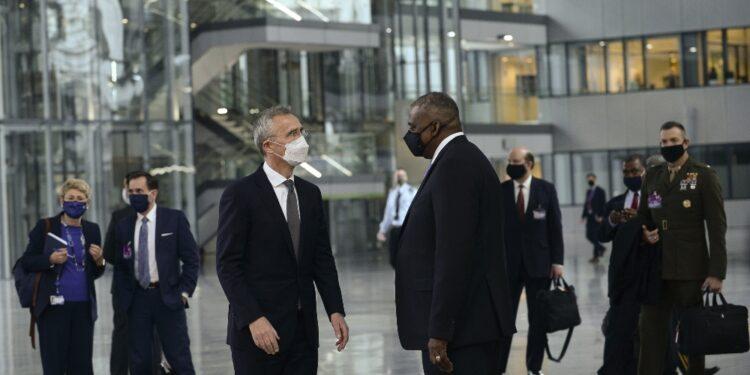 Segretario difesa Usa a Bruxelles