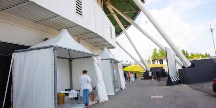 Inaugura l'hub all'Unipol Arena