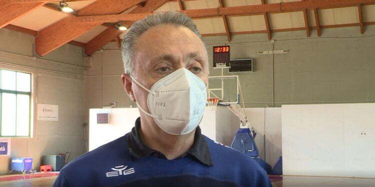 Piero Bucchi allenatore Pallacanestro Cantù