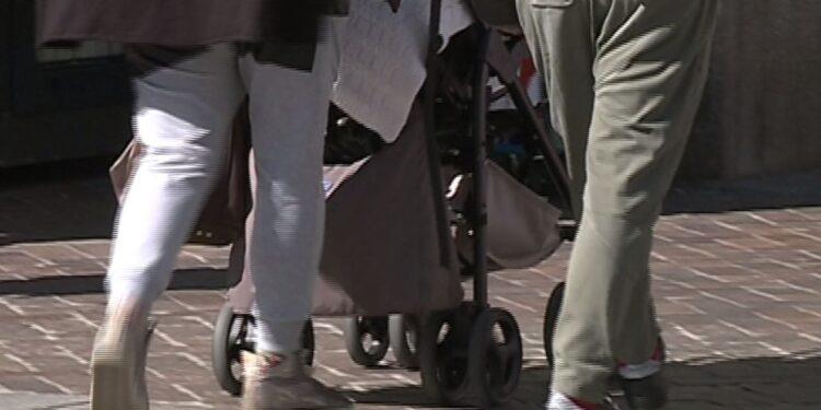 Una famiglia a passeggio