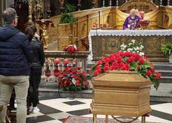 funerali roberto simone