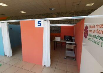 L'inaugurazione dell'hub vaccinale Centro Valle Intelvi