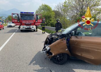 incidente stradale ad Albavilla in via Prealpi