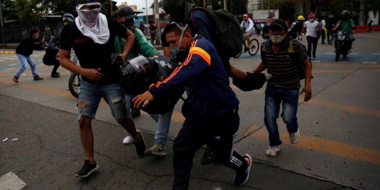 Città teatro di violente proteste che hanno causato 3 morti