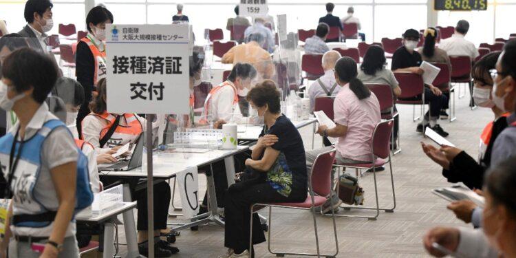 Governo giapponese prova ad accelerare campagna immunizzazione