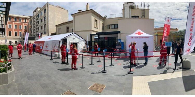 Due tensostrutture della Croce rossa fino a settembre
