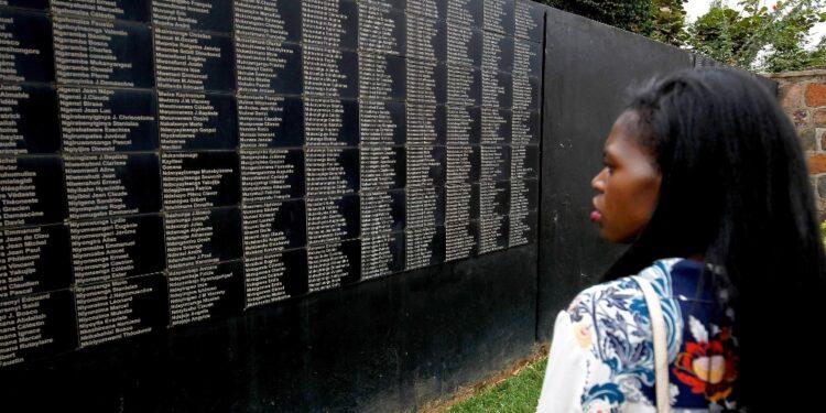 Esercito accusato di inazione durante genocidio Tutsi del 1994