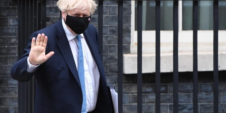 Torna la polemica sul 'disordine' nei conti del primo ministro