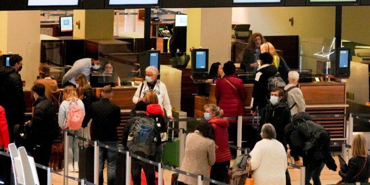 Nel Paese alberghi chiusi ai turisti da metà dicembre