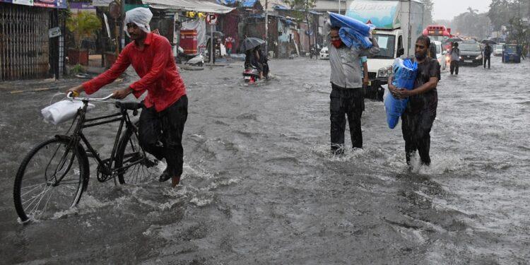 Precipitazioni record nella capitale finanziaria del Paese