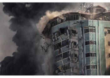 In una nota commenta distruzione edificio stampa a Gaza City