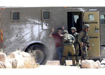 Gravi incidenti notturni fra ebrei ed arabi in varie città