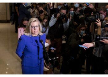 La replica:'Continuerò a combattere le bugie dell'ex presidente'