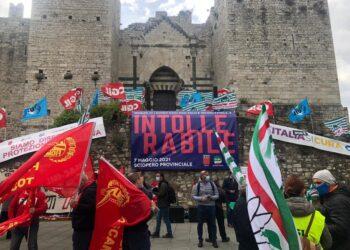 Per lo sciopero di 4 ore proclamato dai sindacati
