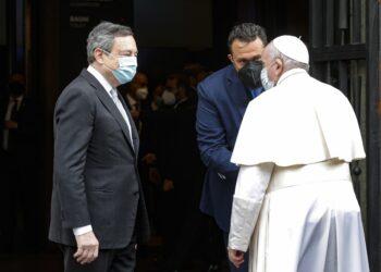 Bergoglio promuove assegno unico