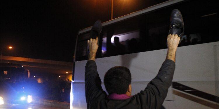 Tra i detenuti liberati anche un miliziano iraniano