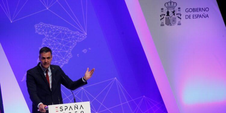 Il premier: 'Abbiamo bisogno di una nuova visione per la Spagna'