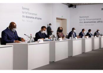 Lo annuncia il presidente francese Emmanuel Macron