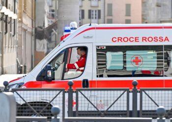 ambulanza como croce rossa