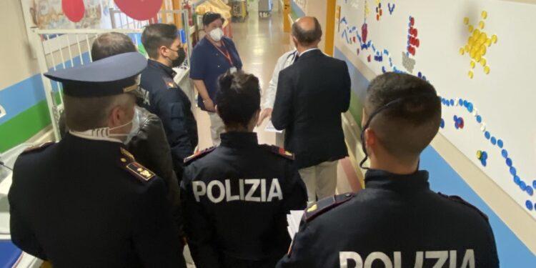 Polizia in pediatria