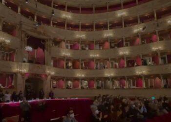 teatro sociale con il pubblico