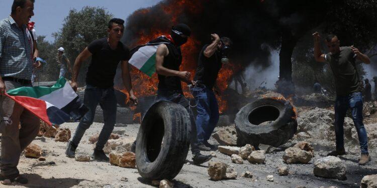 Terza settimana di proteste popolari in terre contese con coloni