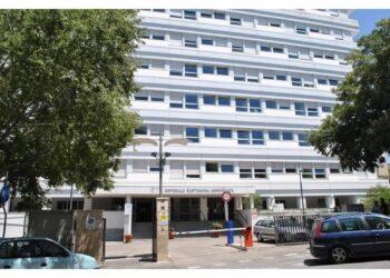 Un operatore ricoverato in ospedale a Sassari