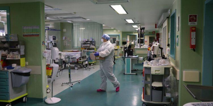 Totale sale a 3.022 da inizio pandemia